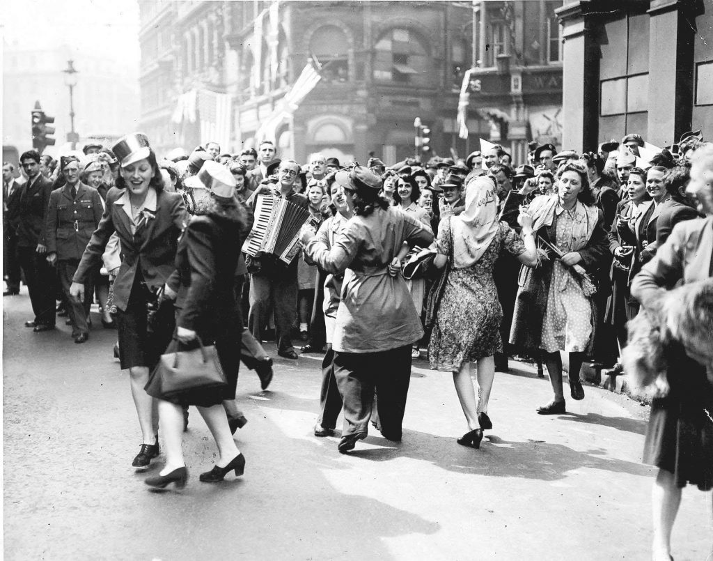celebrate VE Day with Abbeyfield Bristol & Keynsham