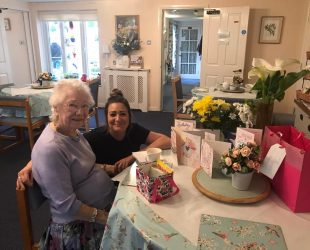 Birthday Celebrations At Abbeyfield Easter Compton