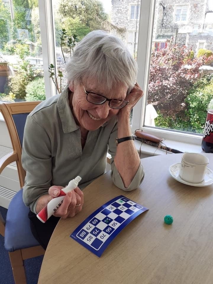 bingo-with-vicky-at-abbeyfield-house